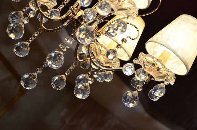 can you hang a chandelier from a recessed light