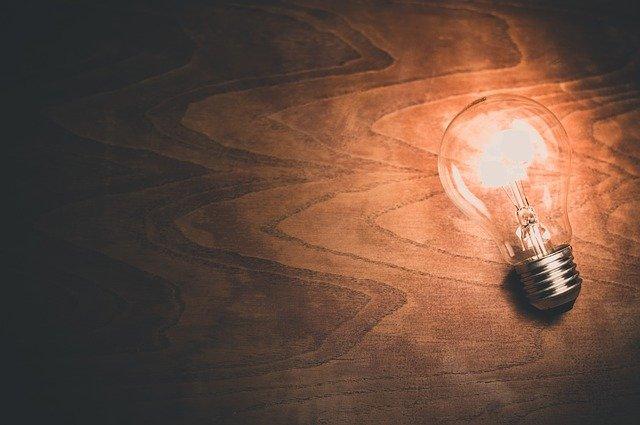 Neodymium Light Bulb